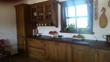 Repusowane gałki kuchenne przygotowywaliśmy specjalnie do tej kuchni