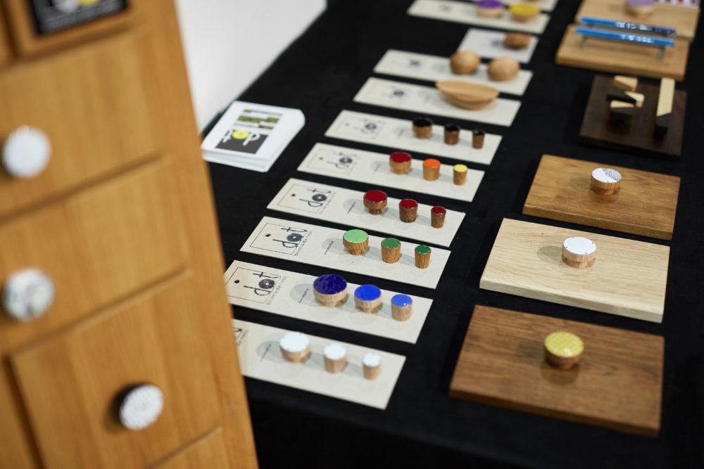 Nasze gałki i uchwyty meblowe na konferencji w IWP - tak prezentujemy gałki emaliowane