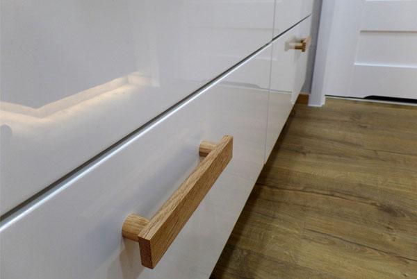 Uchwyty do mebli - wykonane ręcznie z drewna dębowego - DOT Manufacture