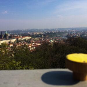 Żółta w Pradze