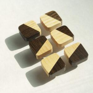 kwadratowe gałki meblowe JUST TWO (niższa nóżka) - DOT Manufacture