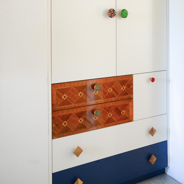 Eklektyczna szafa w przedpokoju - MANILA, Pattern, Simple emaliowane - DOT Manufacture