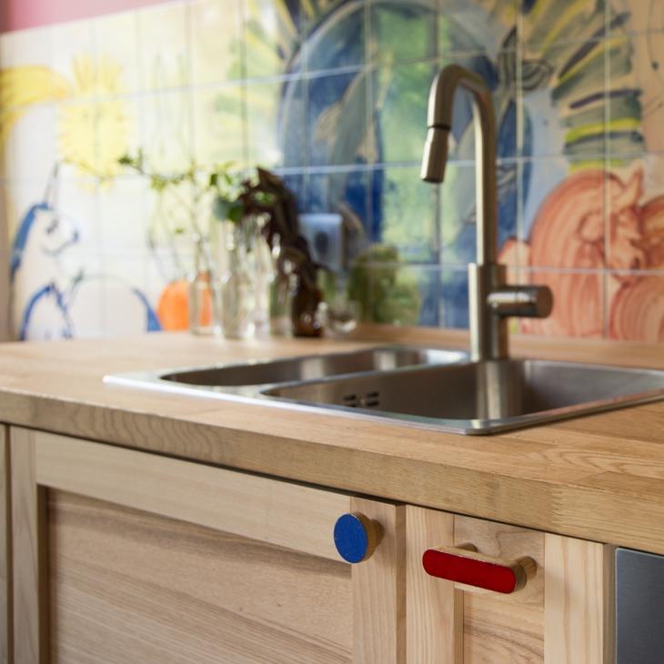 Gałki SIMPLE emaliowane oraz uchwyty - szalenie kolorowa kuchnia - DOT Manufacture